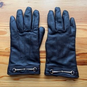 2/$30 Danier Chocolate Brown Leather Gloves